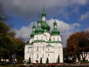 Троїцький собор Густинського монастиря, 1672 -- 1676 рр., с. Густинь, Чернігівщина