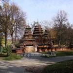 Огорожа храму - теж пам'ятка архітетури 1930-х рр.