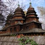 Храм з південно-східного боку