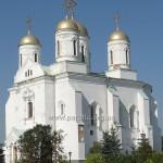 Хоч і з промосковським декором - все одно гарний і український!