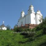 Успенський собор та Троїцька церква-ротонда -- найдавніша церква монастиря