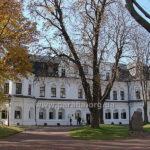 Будинок митрополита з домовою Воскресенською церквою Софійського монастиря, м. Київ
