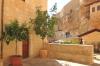 на подвір'ї монастиря, img_2192fc
