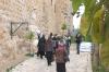 біля входу до монастиря,img_2962fc