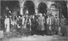 Родина Карла-Стефана Габсбурга (батька Василя Вишиваного) під час весілля його доньки ерцгерцогині Елеонори з лейтенантом Альфонсом фон Кльосом, 1913 р.