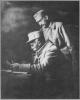 Мирон Тарнавський (сидить) і Володимир Старосольський. Радзивилів, 1916 p.