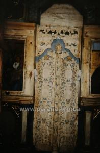 Знову роботи по відновленню іконостаса у церкві Параскеви П'ятниці.
